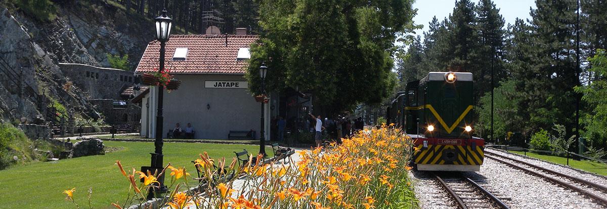"""Почетак летње сезоне саобраћаја музејско-туристичког воза """"Романтика"""""""