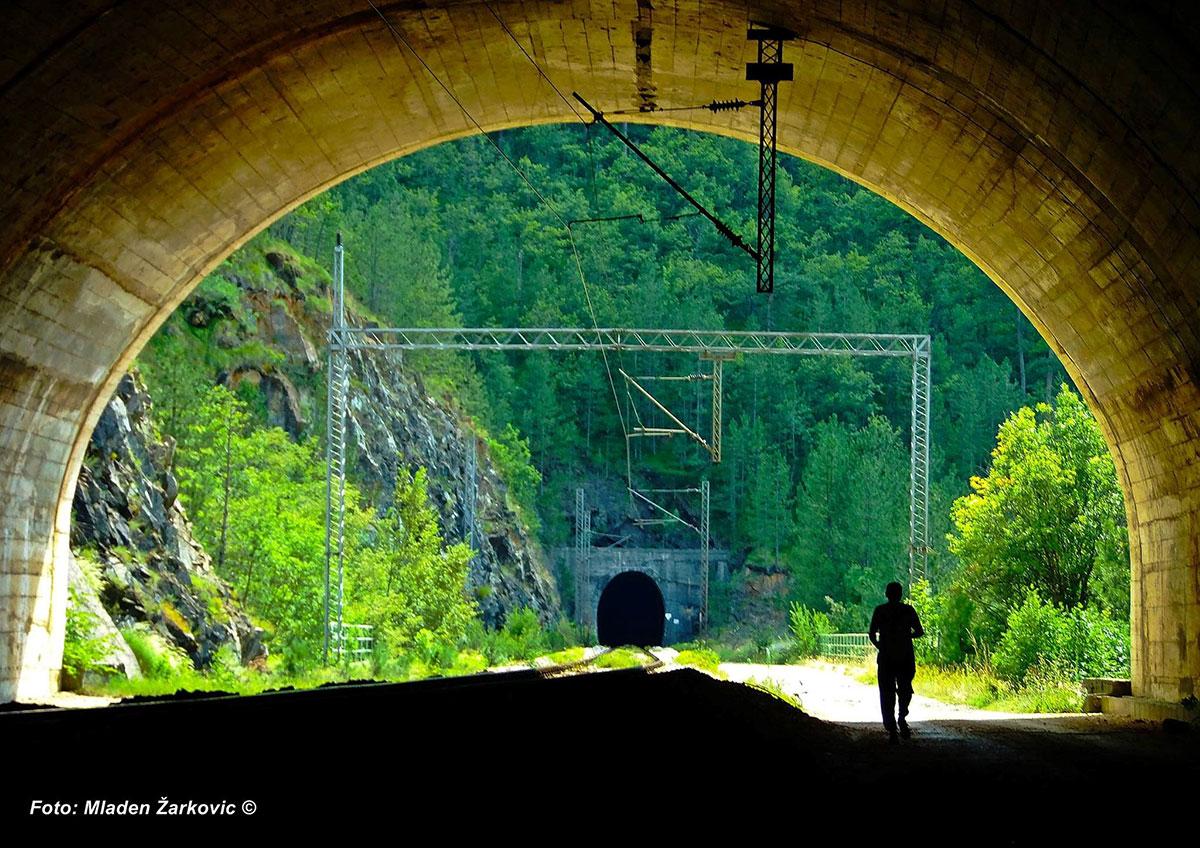 Велико пролећно чишћење железничке инфраструктуре